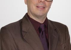 Dr. Éber Feltrim | Gestor e Consultor de Negócios